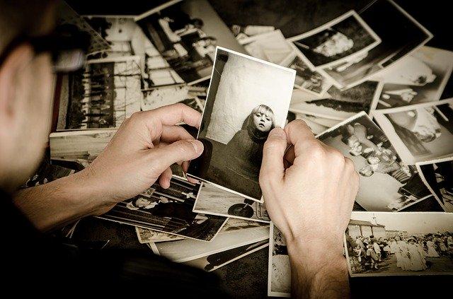 Trier et commenter les photos souvenir